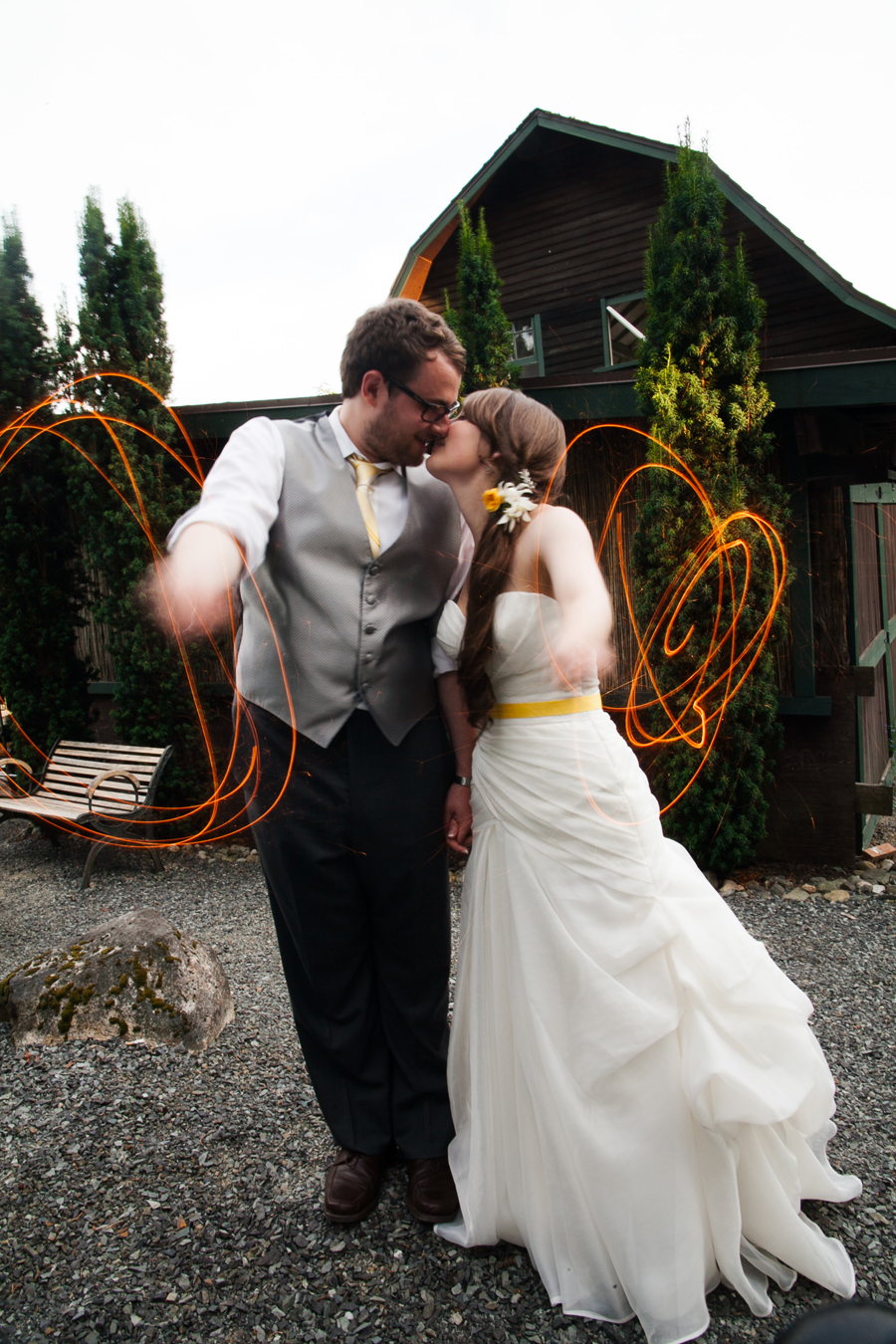 078-jardin-del-sol-snohomish-wedding-2014-august.jpg