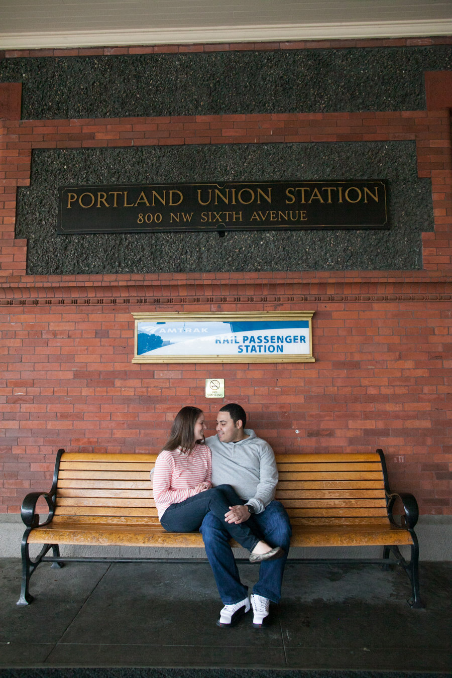 005-pdx-union-station-engagement-jordan-jolene.jpg