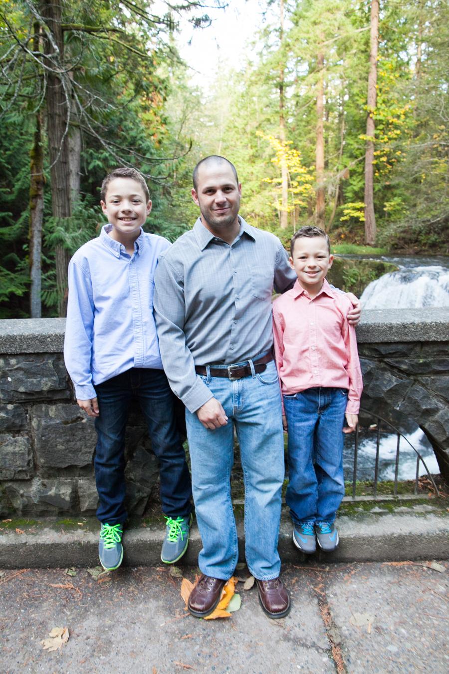003-whatcom-falls-park-bellingham-rydman-family.jpg