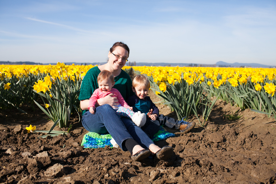 014-mount-vernon-washington-daffodils-norley-family.jpg