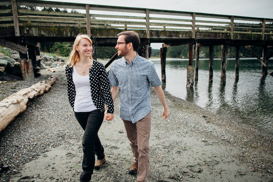 011-deception-pass-state-park-engagement-session.jpg