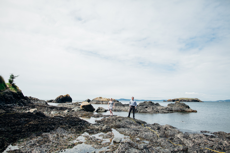 032-deception-pass-state-park-engagement-session.jpg