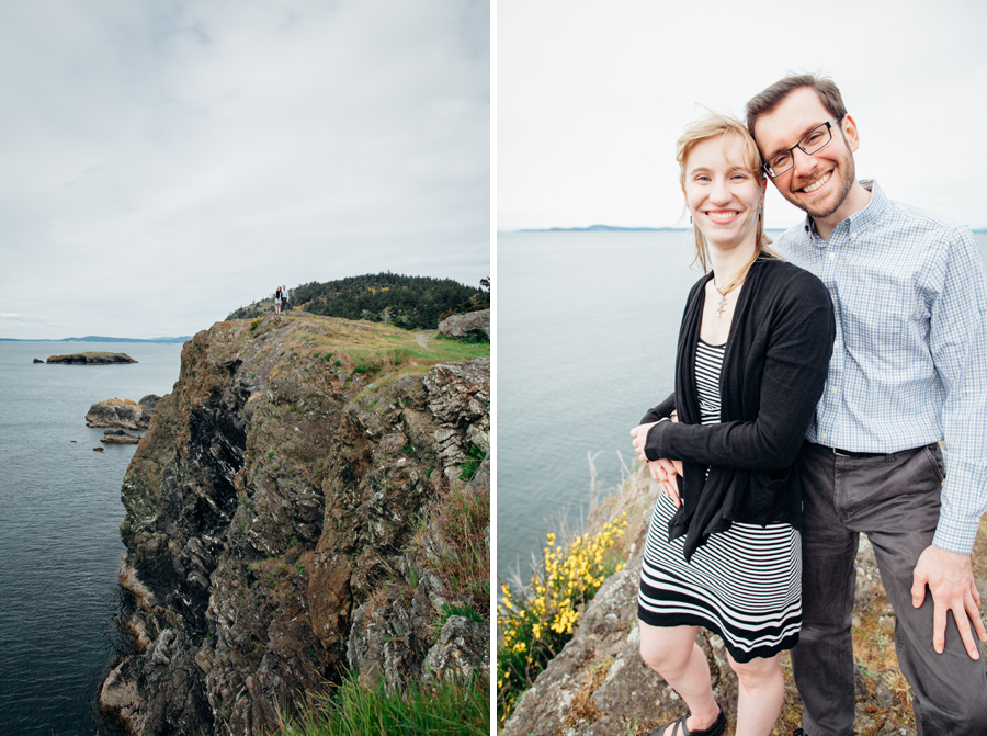 037-deception-pass-state-park-engagement-session.jpg