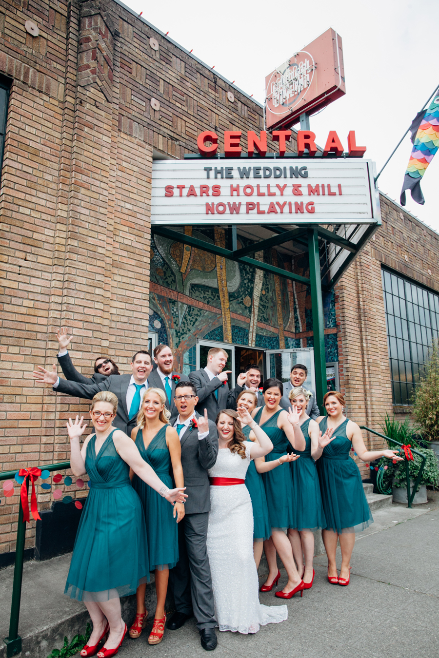 048-central-cinema-seattle-washington-wedding-kaheryn-moran-photography.jpg