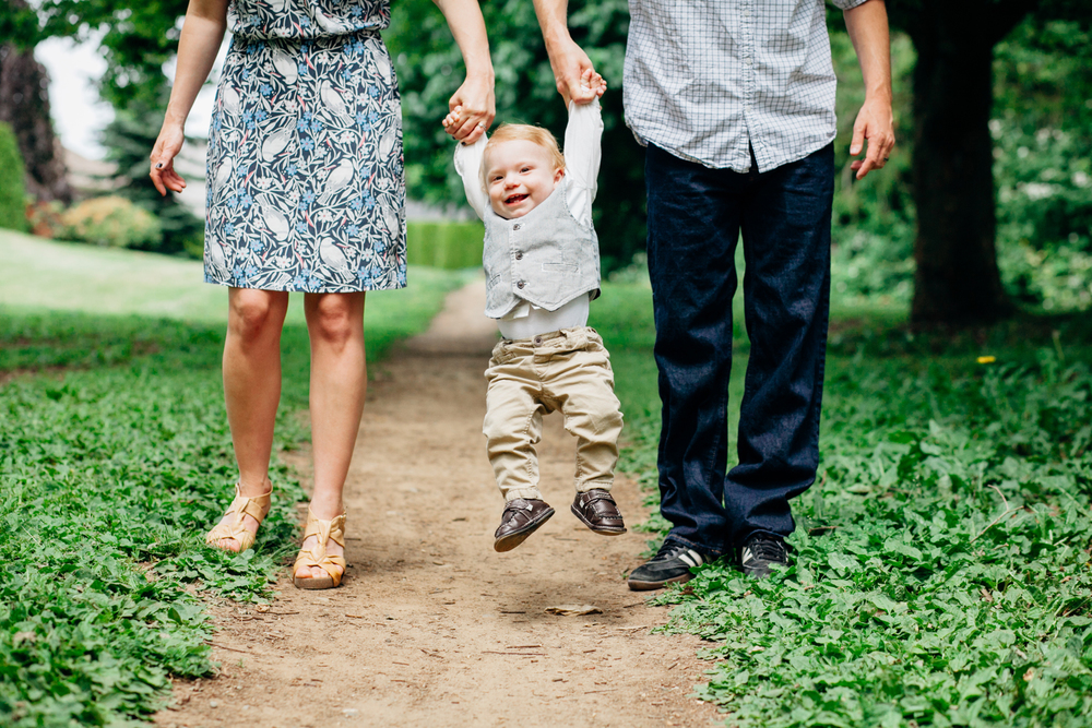 016-one-year-family-session-lynden-washington-katheryn-moran-photography.jpg