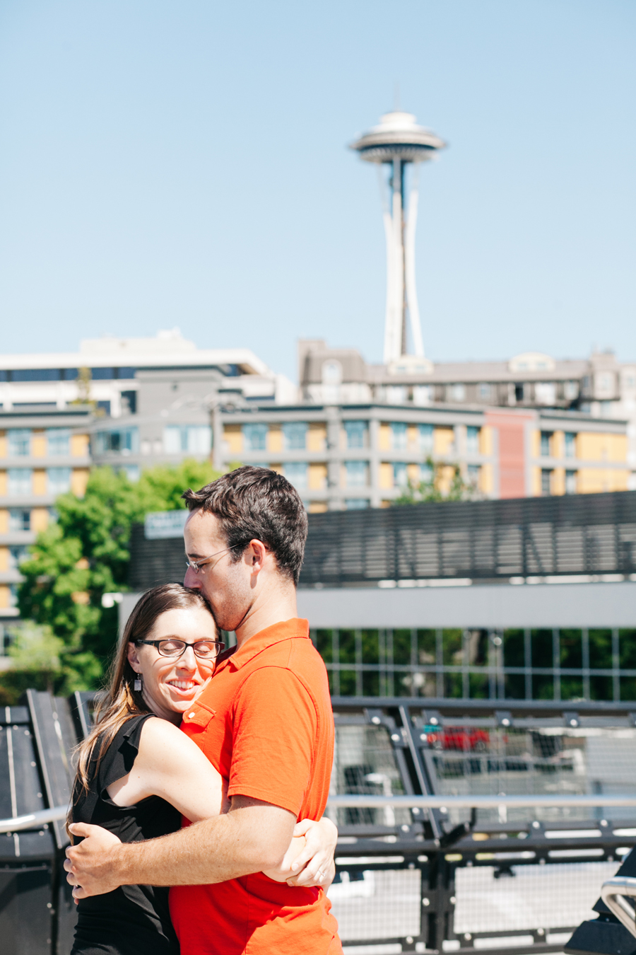 021-olympic-sculpture-park-seattle-washington-engagement-session-katheryn-moran-photography.jpg