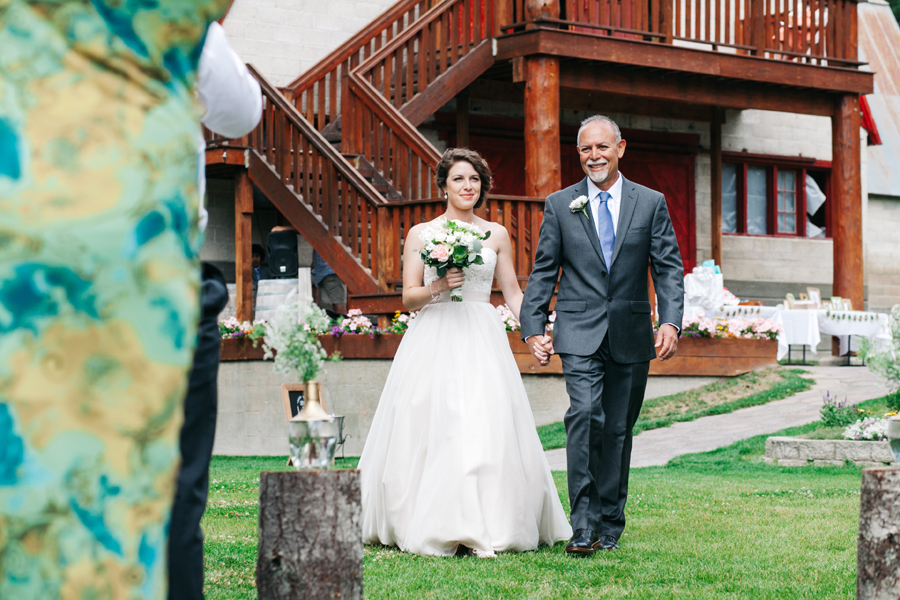 052-pine-river-ranch-leavenworth-washington-destination-wedding-katheryn-moran-photography.jpg