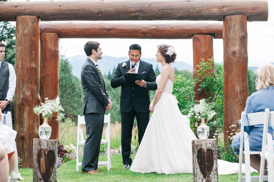 056-pine-river-ranch-leavenworth-washington-destination-wedding-katheryn-moran-photography.jpg