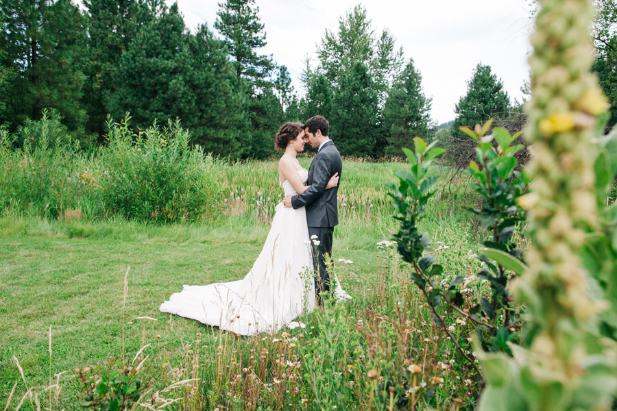 069-pine-river-ranch-leavenworth-washington-destination-wedding-katheryn-moran-photography.jpg