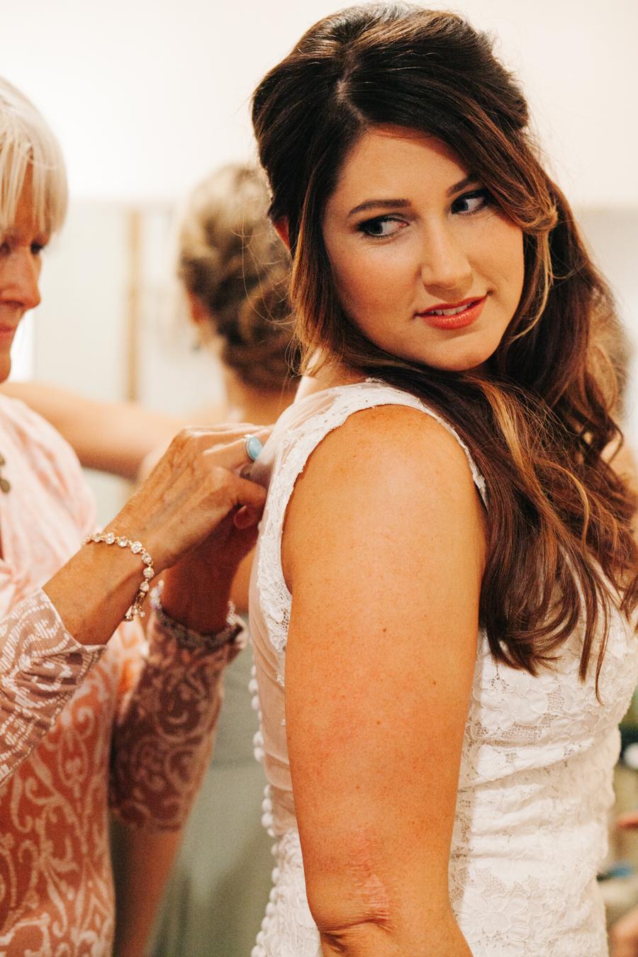 013-bellingham-wedding-photographer-katheryn-moran-photography-farm-kitchen.jpg