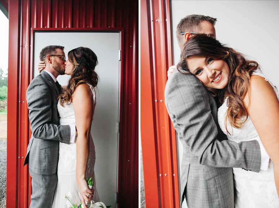 021-bellingham-wedding-photographer-katheryn-moran-photography-farm-kitchen.jpg