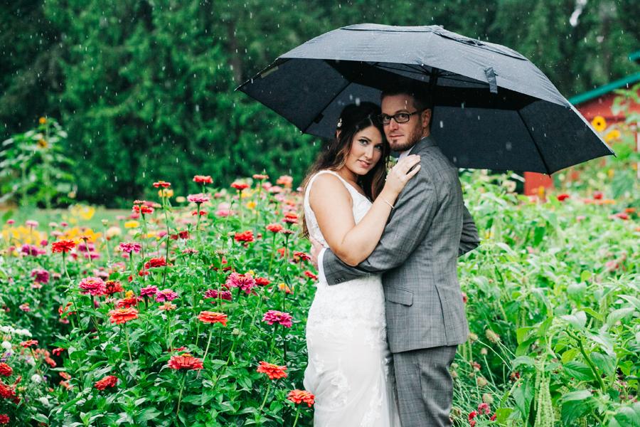 030-bellingham-wedding-photographer-katheryn-moran-photography-farm-kitchen.jpg