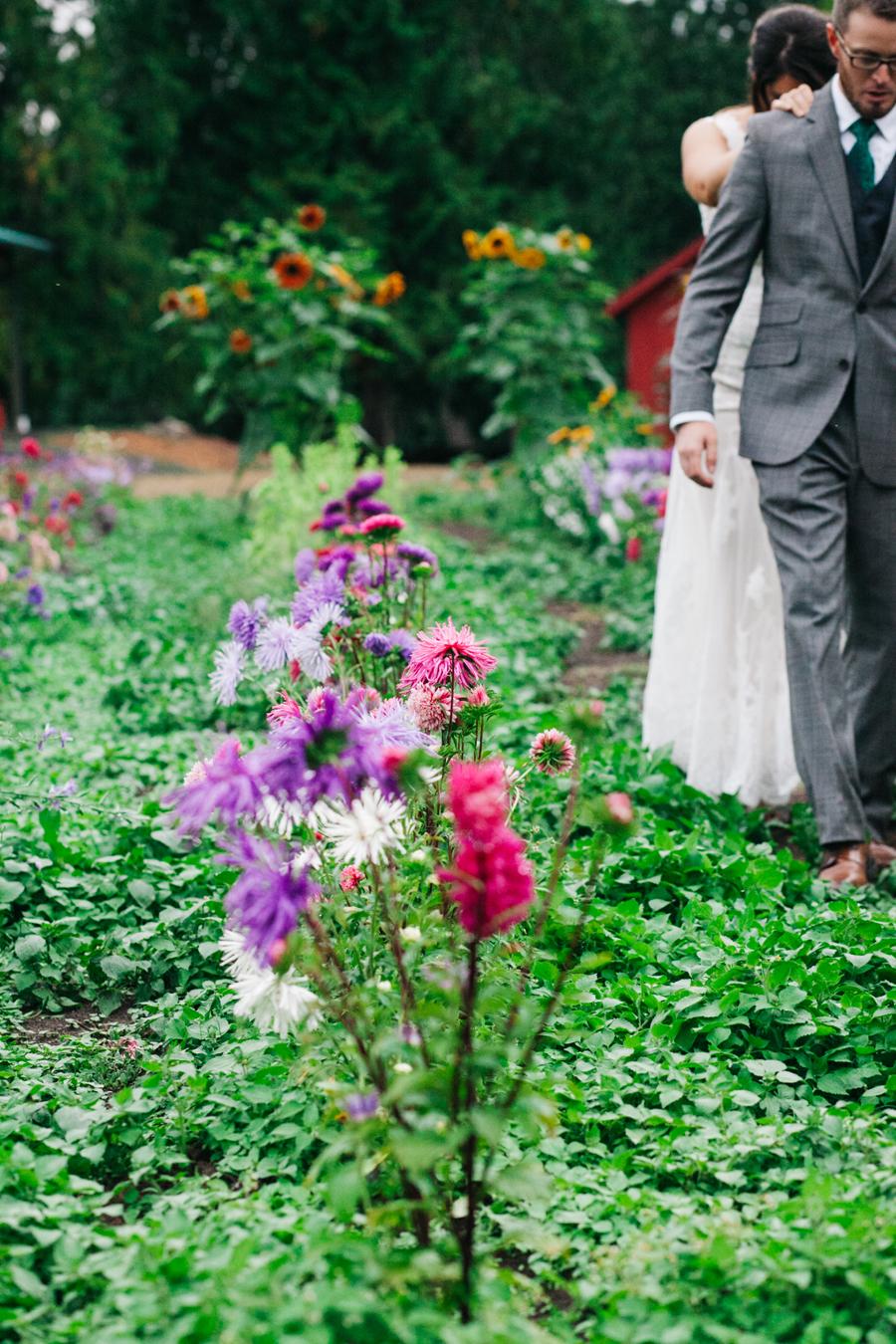 034-bellingham-wedding-photographer-katheryn-moran-photography-farm-kitchen.jpg