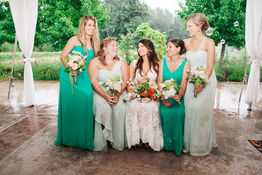 053-bellingham-wedding-photographer-katheryn-moran-photography-farm-kitchen.jpg