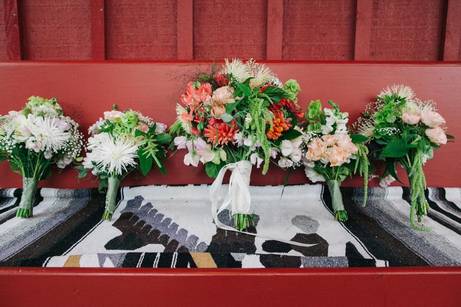 062-bellingham-wedding-photographer-katheryn-moran-photography-farm-kitchen.jpg