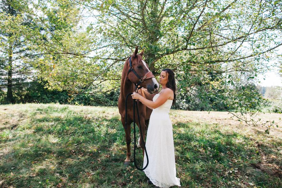 097-bellingham-wedding-photographer-everson-backyard-wedding.jpg