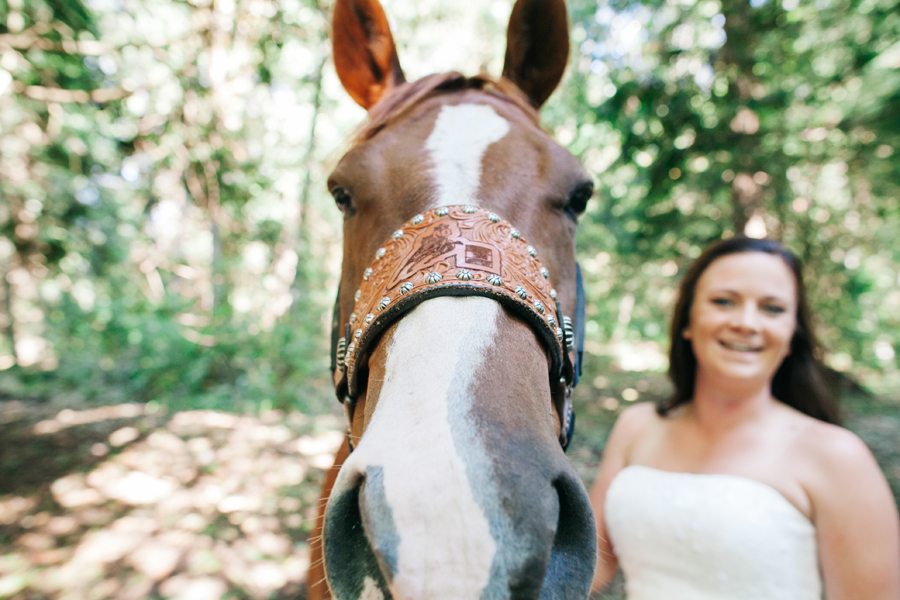 103-bellingham-wedding-photographer-everson-backyard-wedding.jpg
