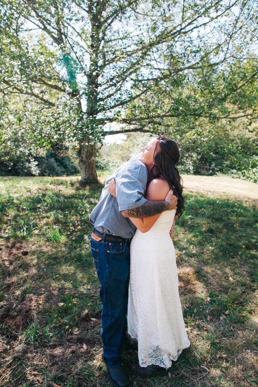 107-bellingham-wedding-photographer-everson-backyard-wedding.jpg