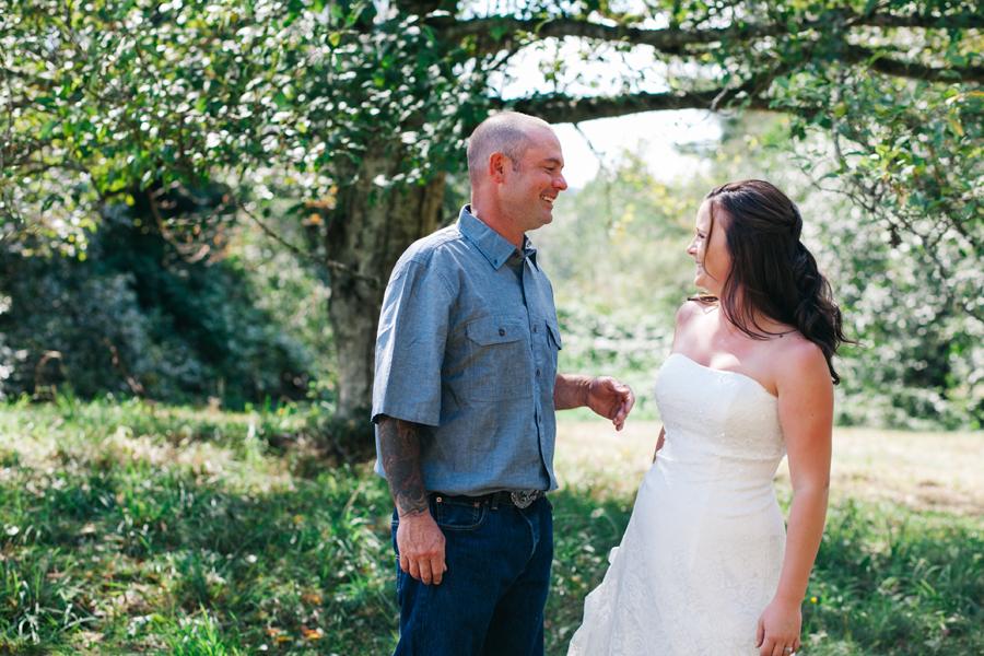 109-bellingham-wedding-photographer-everson-backyard-wedding.jpg