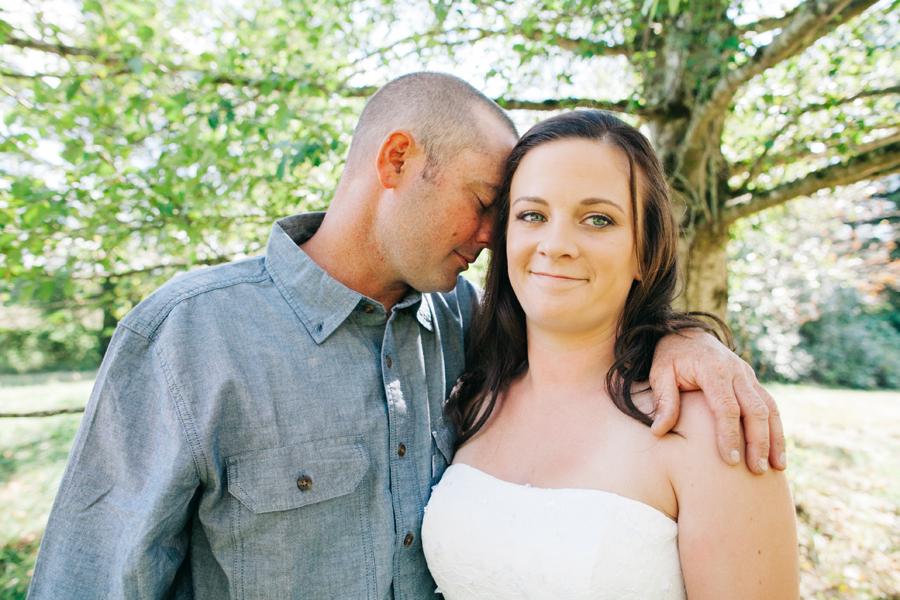 113-bellingham-wedding-photographer-everson-backyard-wedding.jpg