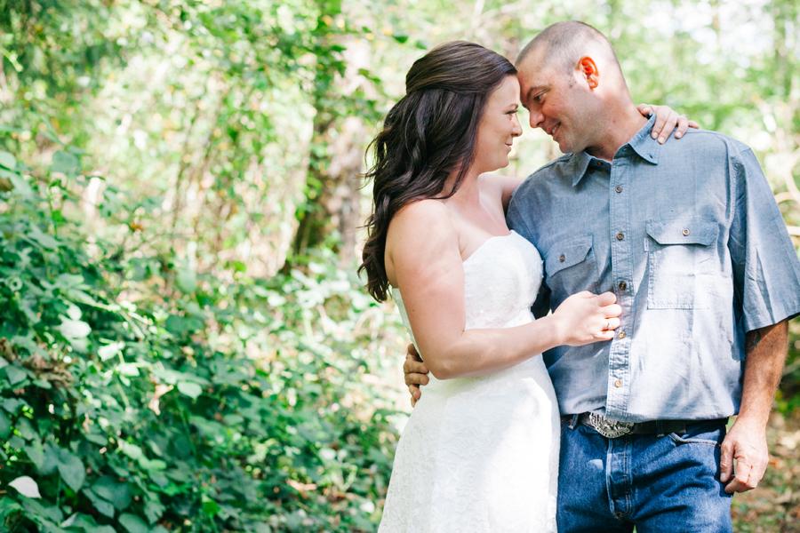 115-bellingham-wedding-photographer-everson-backyard-wedding.jpg
