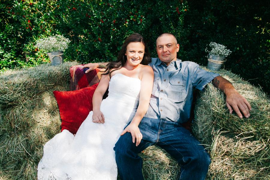 117-bellingham-wedding-photographer-everson-backyard-wedding.jpg