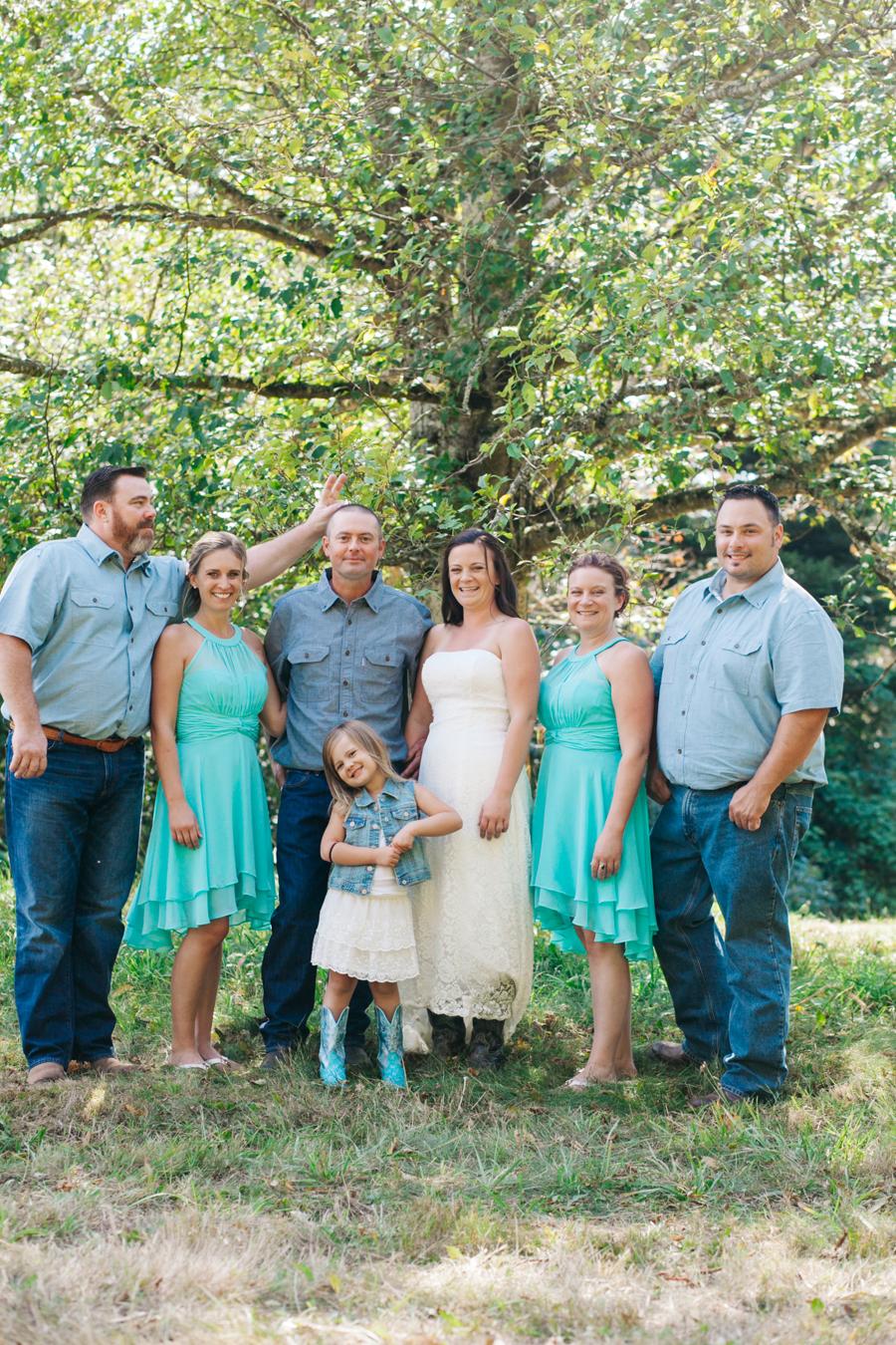 119-bellingham-wedding-photographer-everson-backyard-wedding.jpg