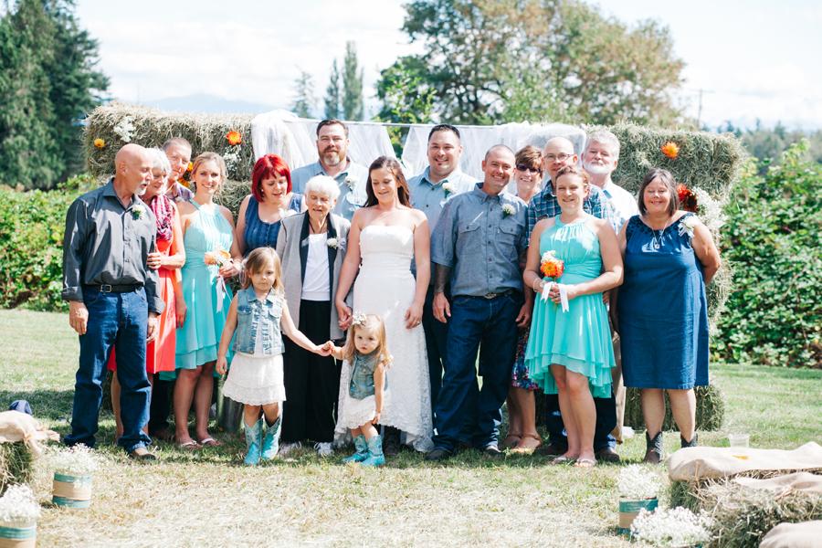 142-bellingham-wedding-photographer-everson-backyard-wedding.jpg