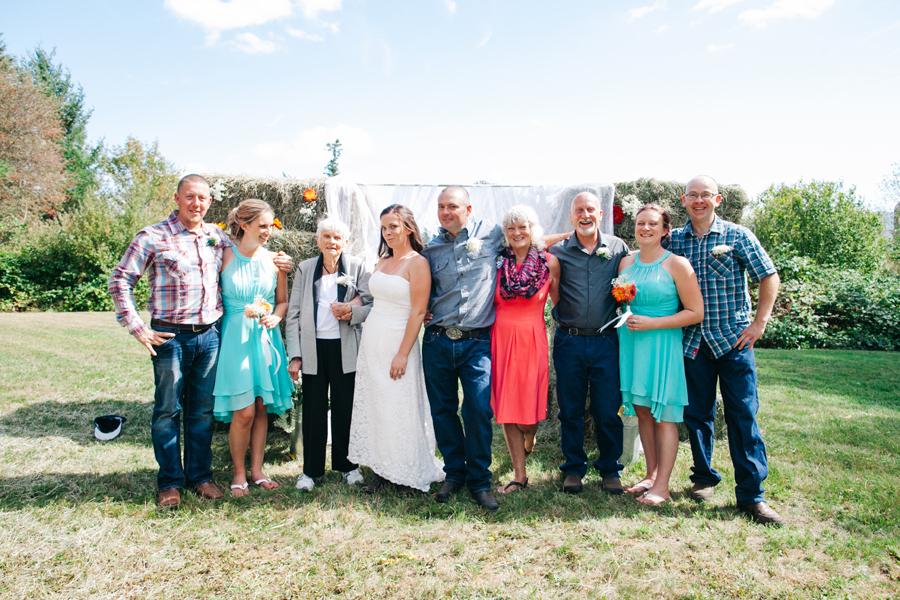 143-bellingham-wedding-photographer-everson-backyard-wedding.jpg