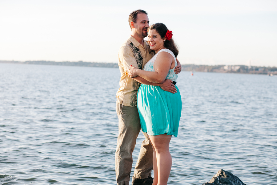 017-bellingham-engagement-photographer-katheryn-moran-photography-boulevard-park.jpg