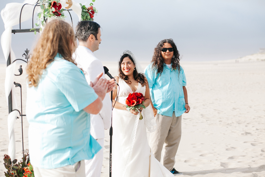 031-portland-wedding-photographer-pacific-city-oregon-katheryn-moran-photography.jpg