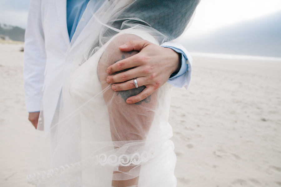 052-portland-wedding-photographer-pacific-city-oregon-katheryn-moran-photography.jpg