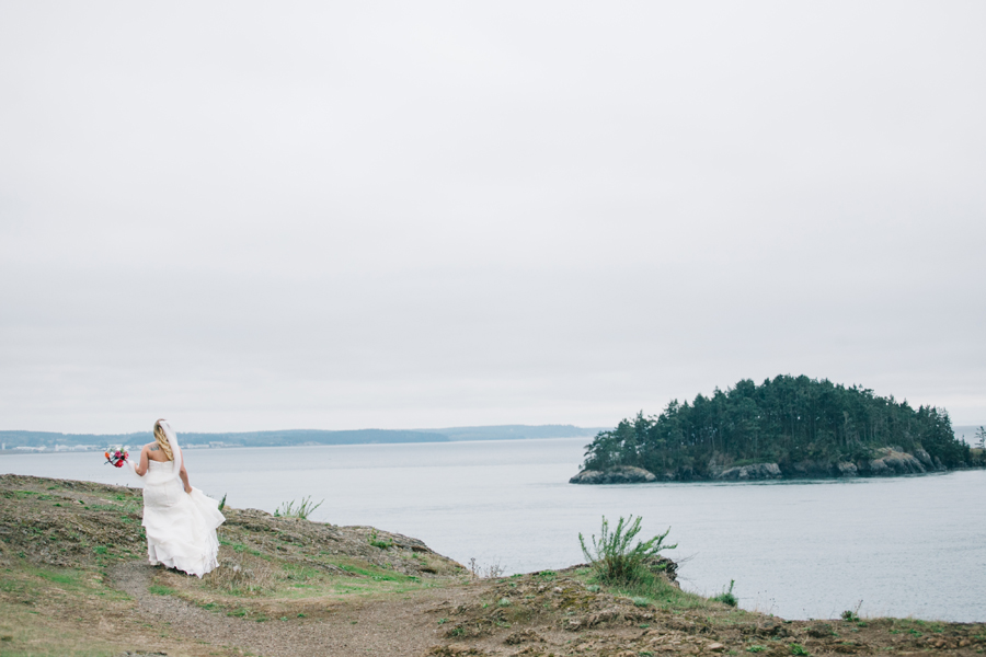 008-bellingham-wedding-photographer-katheryn-moran-photography-rosario-beach-bow-washington-wedding.jpg