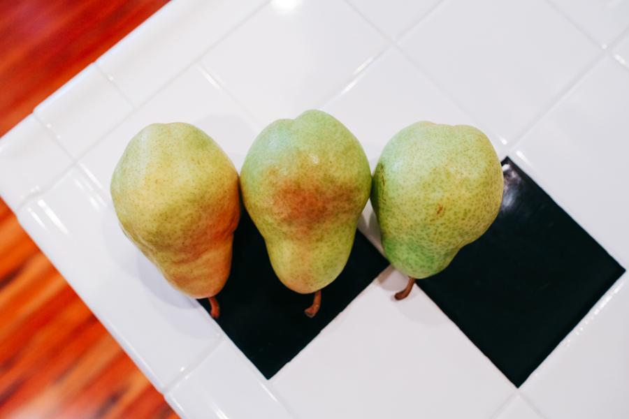 001-katheryn-moran-photography-sous-vide-pear-dessert.jpg