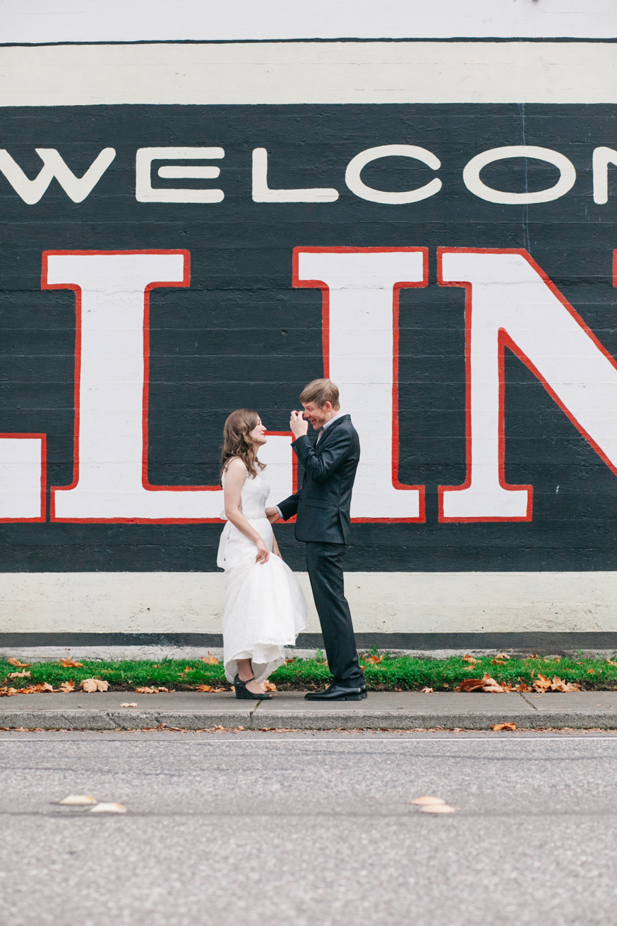 010-bellingham-fairhaven-wedding-photographer-bellingham-ferry-terminal-katheryn-moran-photography.jpg