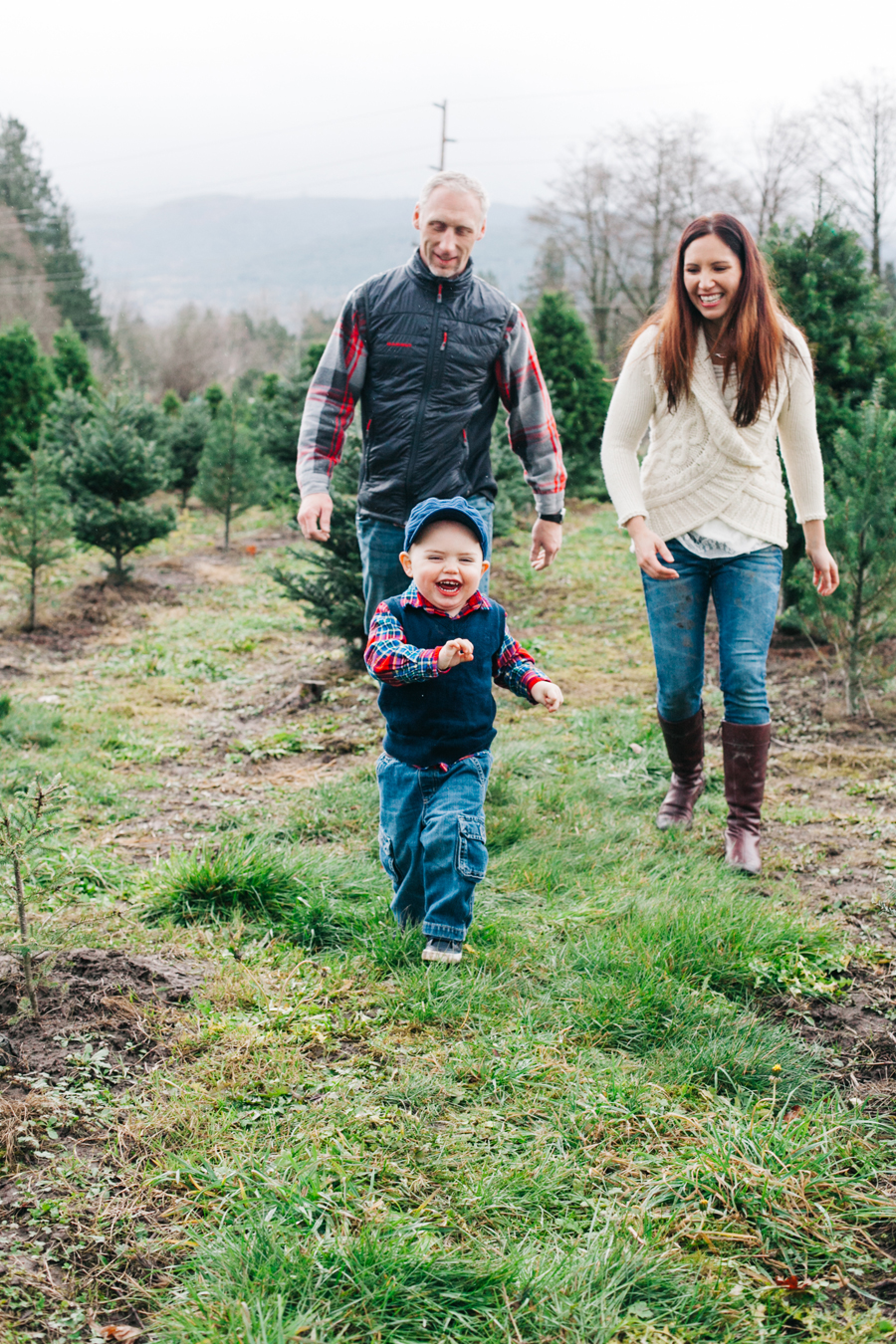 025-fullner-family-christmas-tree-farm-everson-washington-bellingham-family-photographer-katheryn-moran-photography.jpg