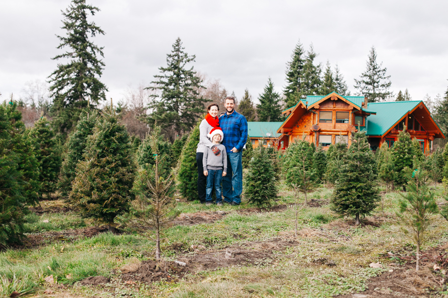 049-fullner-family-christmas-tree-farm-everson-washington-bellingham-family-photographer-katheryn-moran-photography.jpg