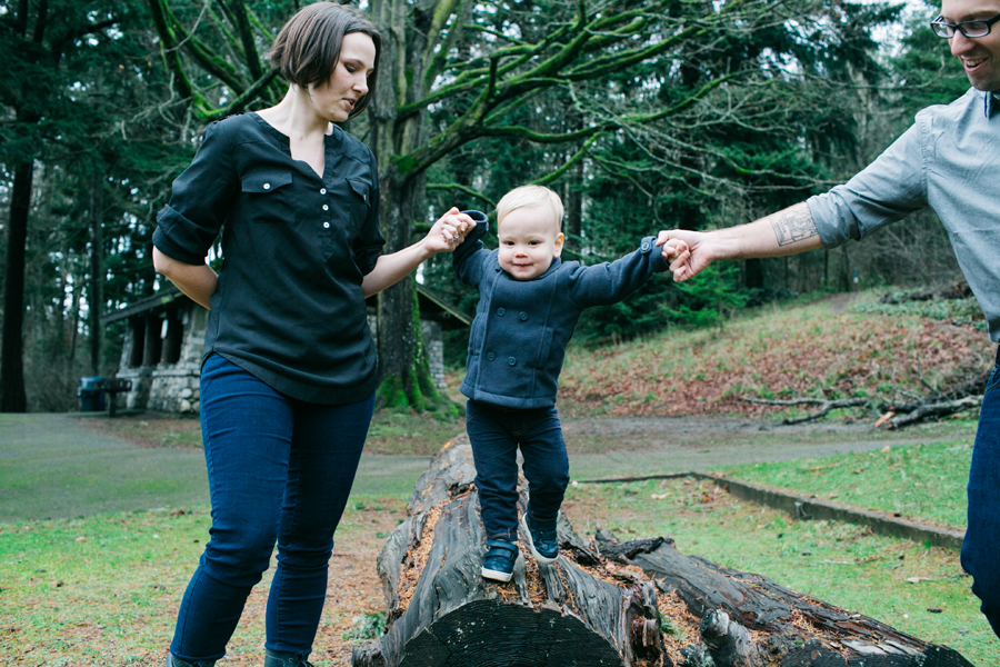 021-seattle-family-photographer-carkeek-park-katheryn-moran-photography.jpg