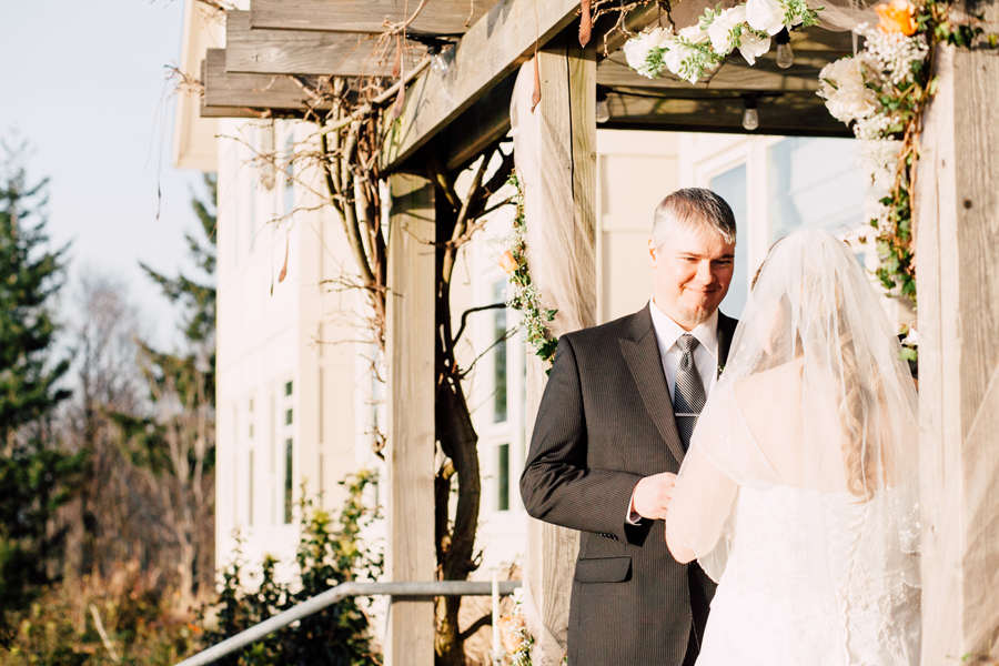 030-bellingham-wedding-photographer-chrysalis-inn-and-spa-elopement-katheryn-moran-photography.jpg