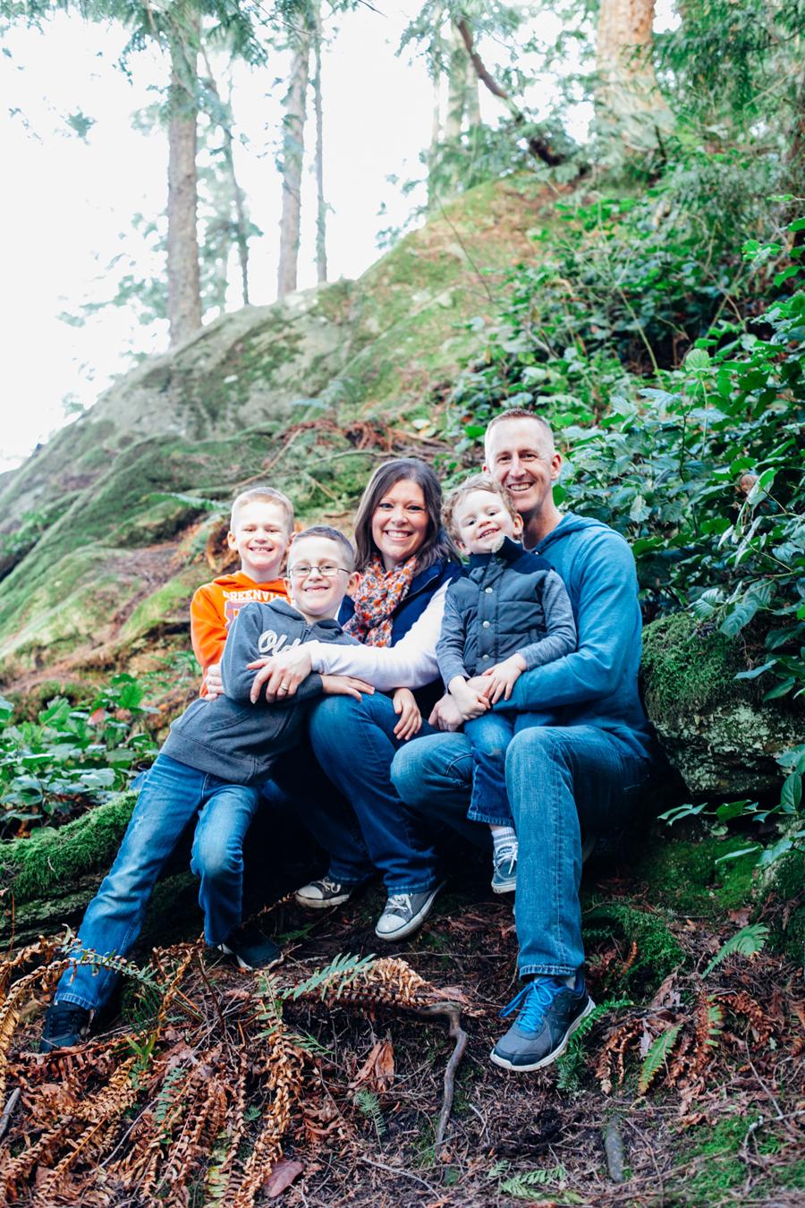 018-bellingham-family-photographer-ambritt-family-larrabee-state-park-katheryn-moran-photography.jpg