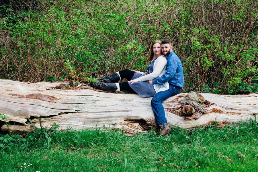 011-bellingham-skagit-engagement-photographer-photo-bowman-bay-jessie.jpg