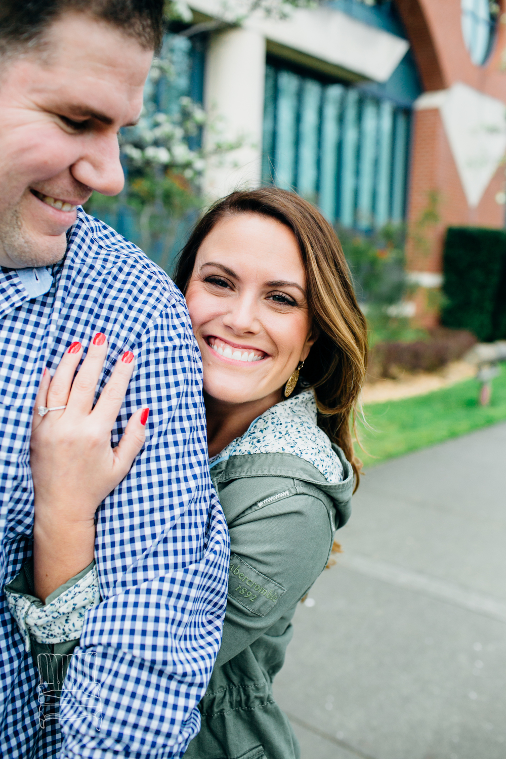 bellingham-engagement-photographer-photo-downtown-lindseyjames-51.jpg