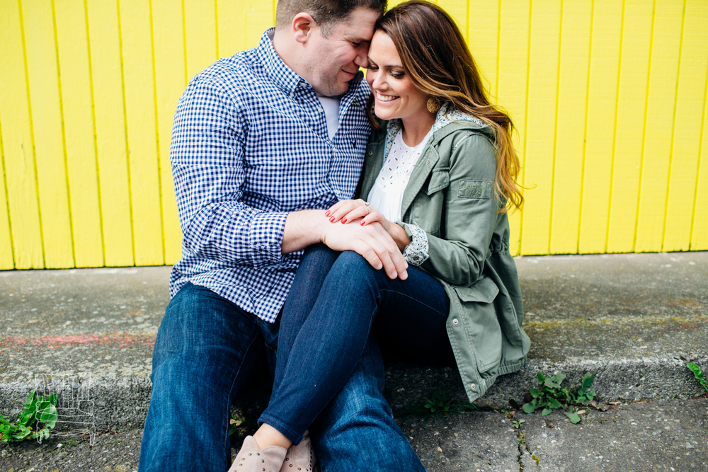 bellingham-engagement-photographer-photo-downtown-lindseyjames-63.jpg