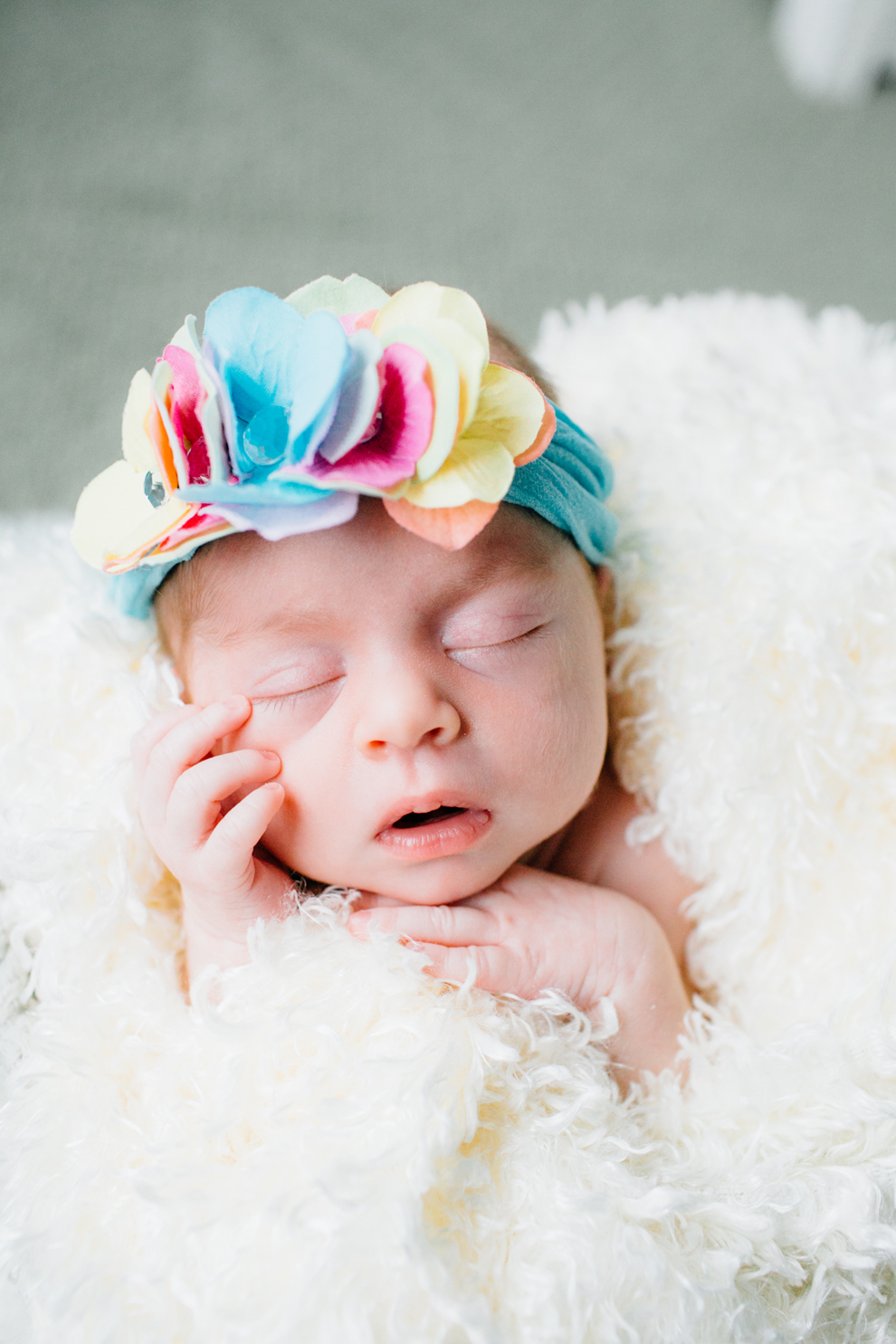 016-bellingham-newborn-photographer-photo-nursery-harper-lifestyle-session.jpg