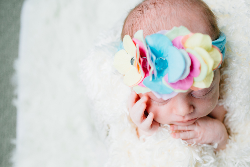 017-bellingham-newborn-photographer-photo-nursery-harper-lifestyle-session.jpg