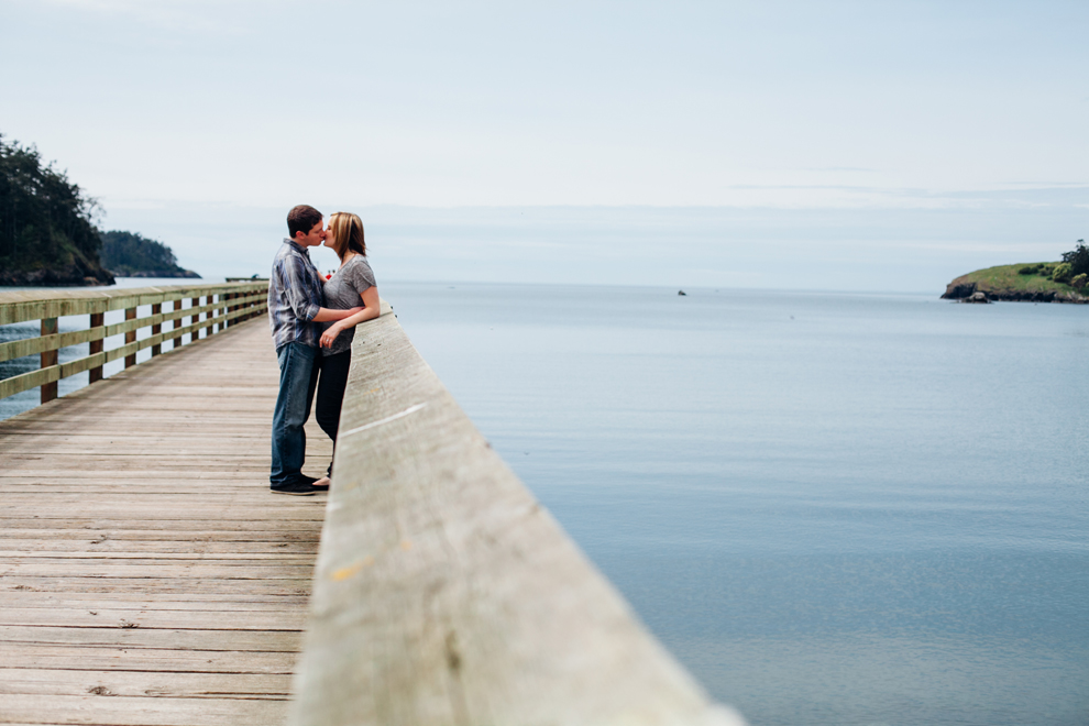 036-bellingham-anacortes-engagement-photographer-bowmna-bay-jill-mike.jpg