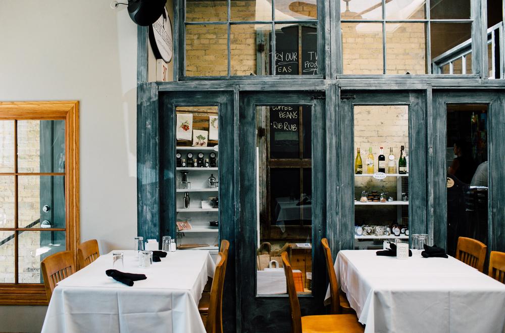 003-twisted-willow-port-washington-wisconsin-restaurant-katheryn-moran-photo.jpg