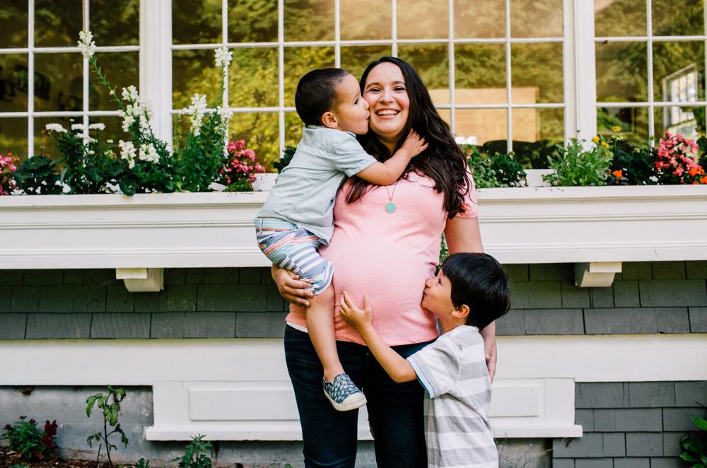 woodstock-farm-bellingham-family-maternity-photographer-kish-63.jpg