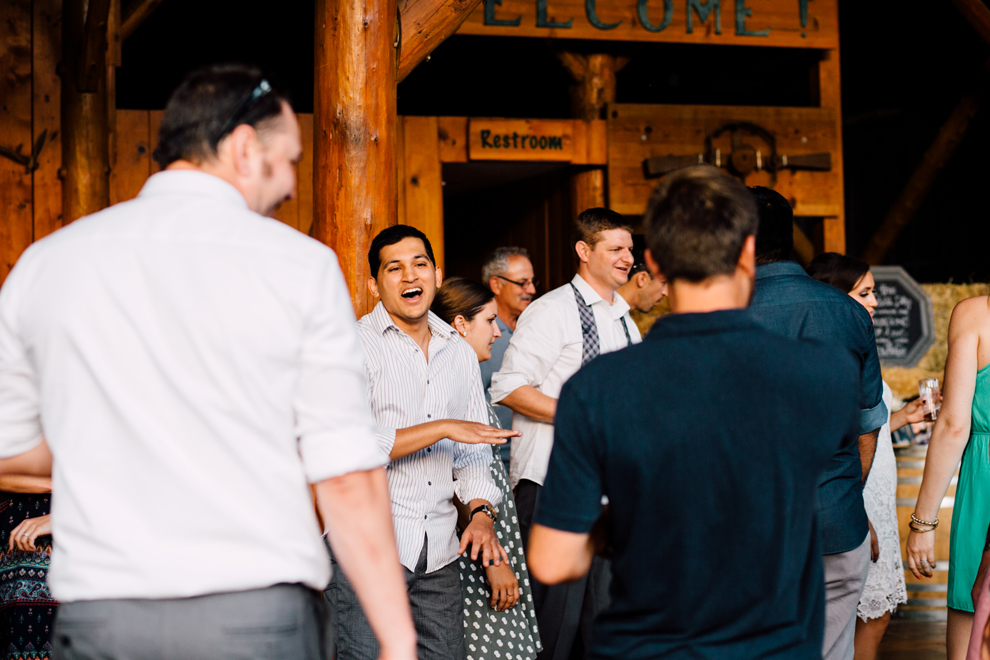 111-leavenworth-mountain-springs-lodge-wedding-karena-saul-katheryn-moran-photography.jpg