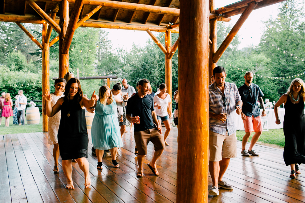 115-leavenworth-mountain-springs-lodge-wedding-karena-saul-katheryn-moran-photography.jpg